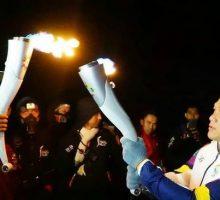 Obor Asian Games Bertemu Api Biru Kawah Ijen