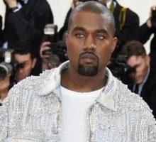 """Kanye West Beri Kejutan lewat Lagu Baru """"XTCY"""""""