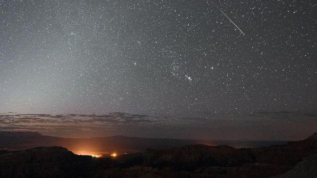 Meteor Perseid Akan Hiasi Langit Pertengahan Agustus