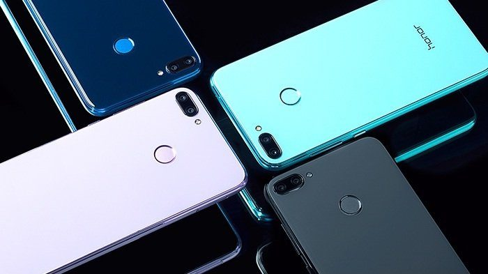 Tak Hanya Cantik, Smartphone Ini Berwarna Egg Blue yang Beda dan Segar