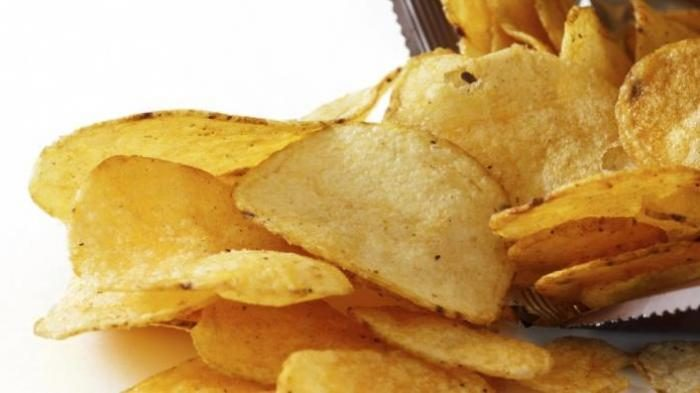 Penjelasan Ilmiah Seseorang yang Suka Makan Keripik Kentang, Ternyata Bisa Kendalikan Hormon Bahagia