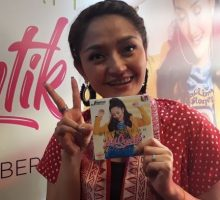 Siti Badriah Rilis Album Lagi Syantik, Impiannya Tercapai