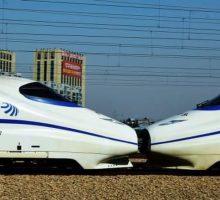 China Bikin Kereta Cepat Bawah Air